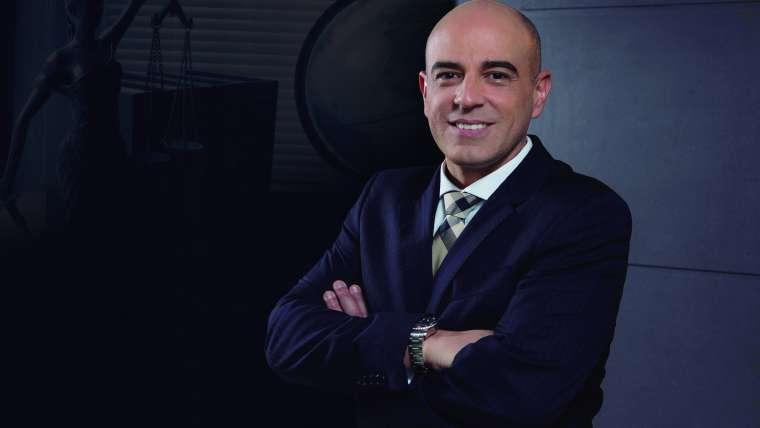 A PRISÃO DE PAULO MALUF E A VAIDADE DO PODER JUDICIÁRIO BRASILEIRO